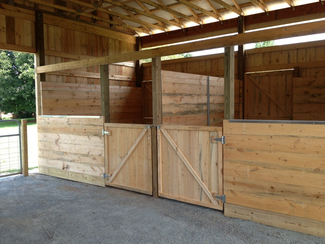 Horse Stalls With 1 2 Fronts And Swing Out Doors Horse Stalls With