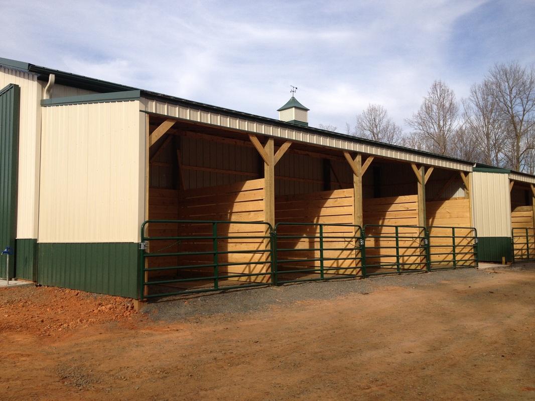 Horse stalls for 4 horse barn